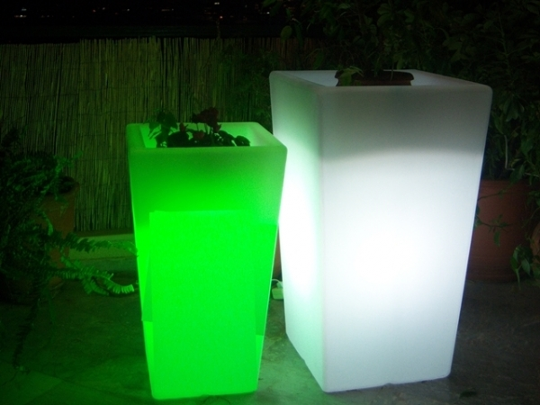 ILLUMINATED PLANTER - Code 70000